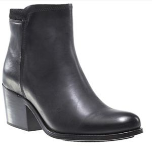 Wolverine 1000 Mile Collection - Black Zadie Boot